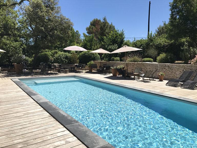 Réalisation de piscine. Planète Eau Piscines, Construction, Rénovation, Entretien. Artisan pisciniste sur Aix en Provence et ses alentours.